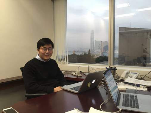 Mark Jia '16 at work in Hong Kong